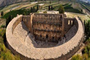 aspendos-antik-kenti-tiyatrosu-hakkinda-bilgiler-nerededir-mimarisi-ve-tarihcesi-2